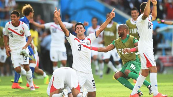 [ブラジルW杯]ドイツ・クローゼ、サッカー史に残る輝かしき着地失敗[6/22]