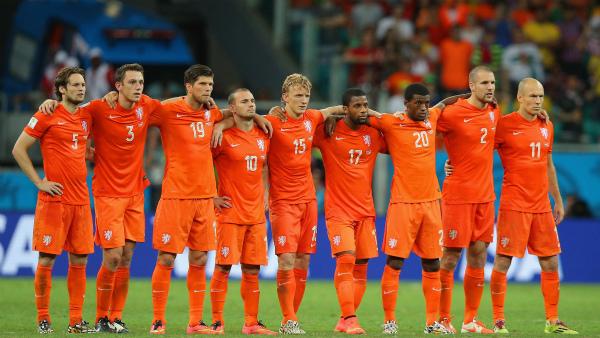 [ブラジルW杯]優位なはずのコスタリカに仕掛けたオランダ監督の逆心理戦[7/6]
