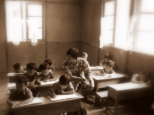 母校の校舎が消えていくというのは、とても寂しいものである