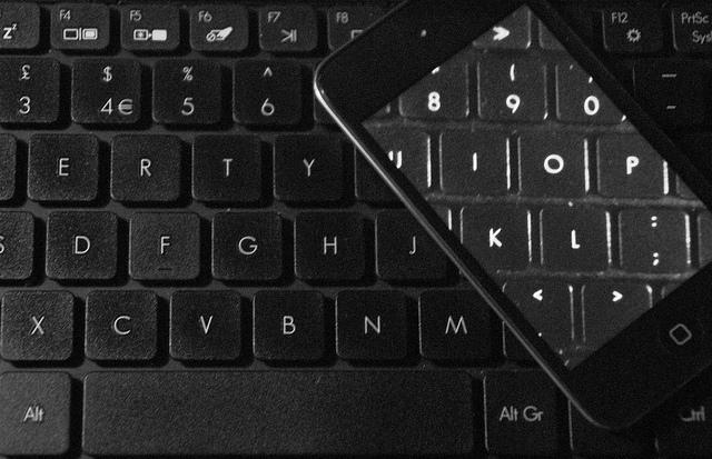 iPhone5開封の儀、というよりも4Sが手こずらせやがって…【追記あり】