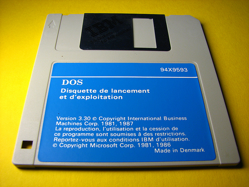 DOS IBM Floppy 1987 by fdecomite
