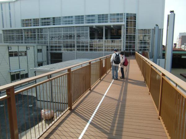 保存修理工事中の門司港駅に見学専用デッキが新設されました