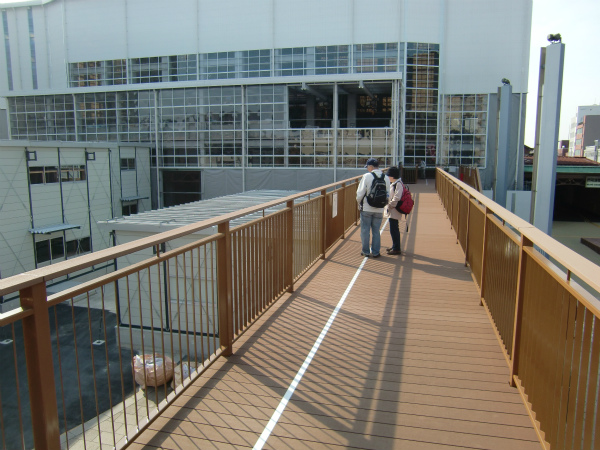 [Я]保存修理工事中の門司港駅に見学専用デッキが新設されました