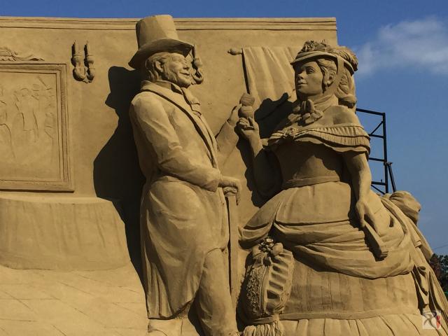 砂像・社交界の様子