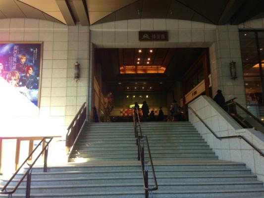 博多座の入口