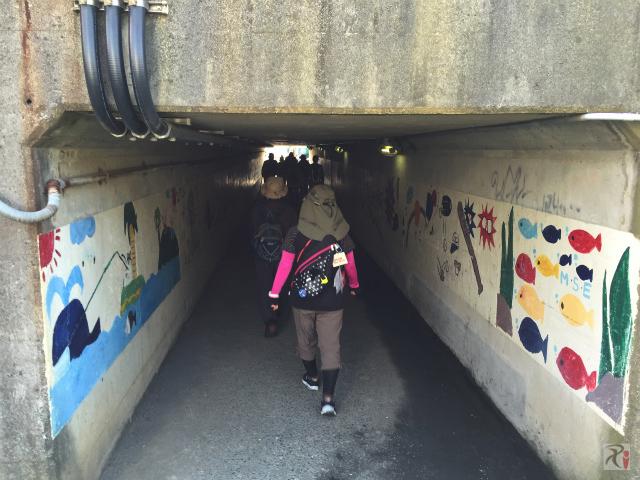 歩行者専用トンネル