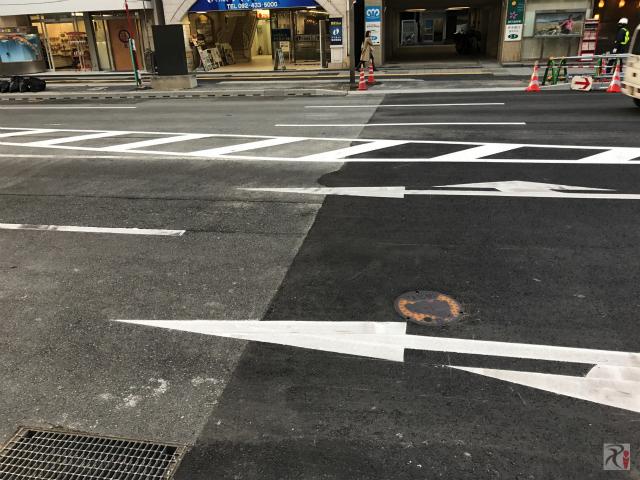 道路陥没事故現場
