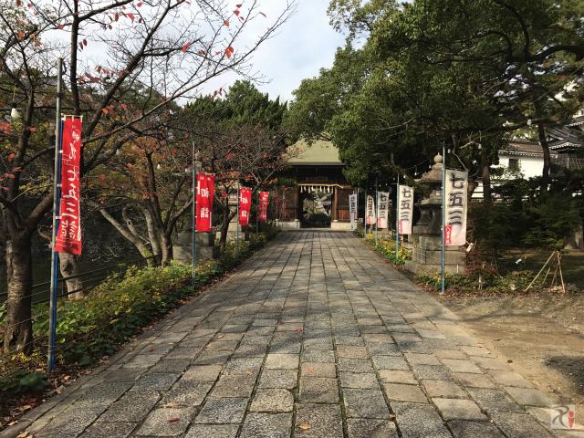 八坂神社、小倉城側の入口