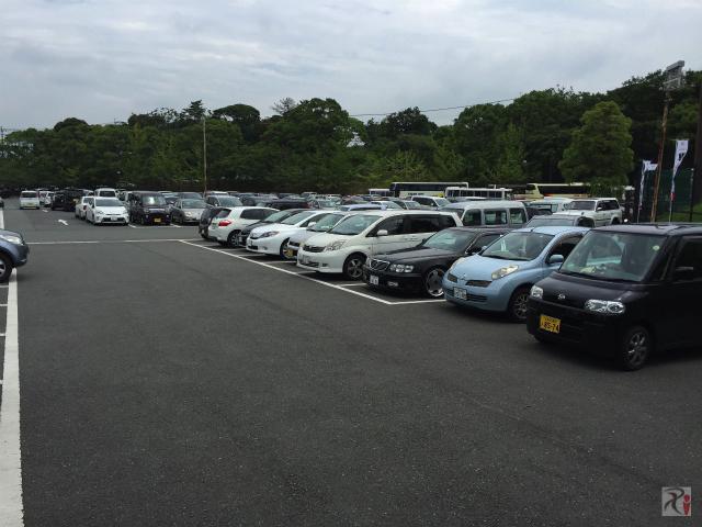 垣生公園横の駐車場