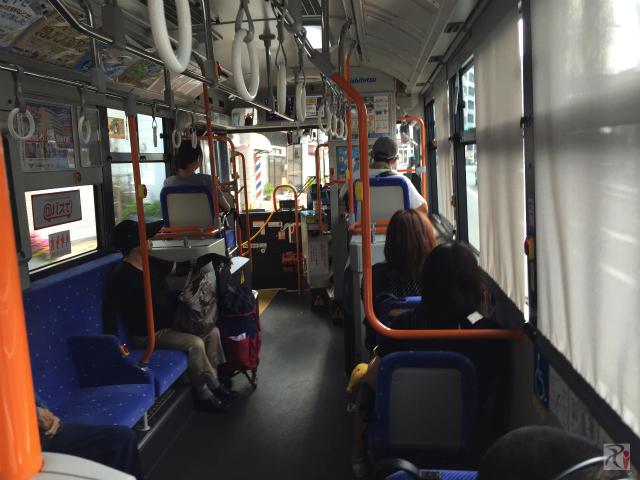 西鉄バス車内