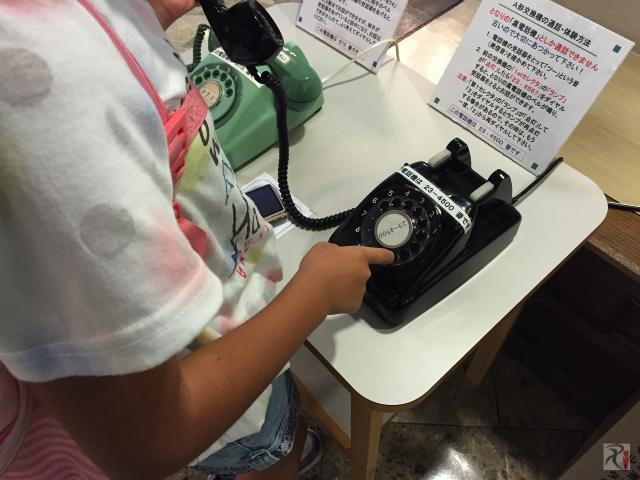 旧式の電話機
