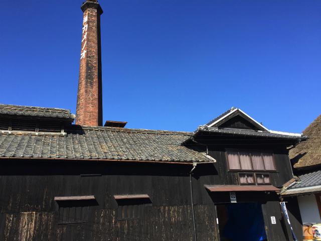 亀の尾酒造の煙突
