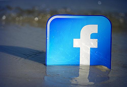 Facebook Beachfront / mkhmarketing
