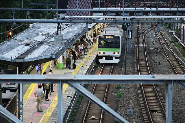 北陸新幹線開業記念・新幹線をカップヌードル基準で考察してみた