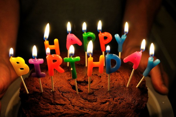 【募集終了】ブログ開設4周年&300いいね記念プレゼント企画のお知らせ