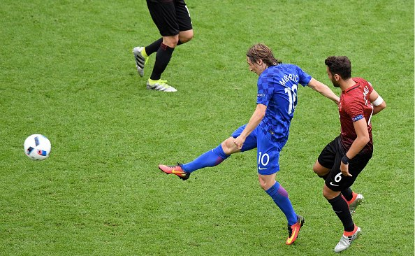 【EURO2016】イングランドとウェールズ、対照的な試合終了寸前の展開(6/11)