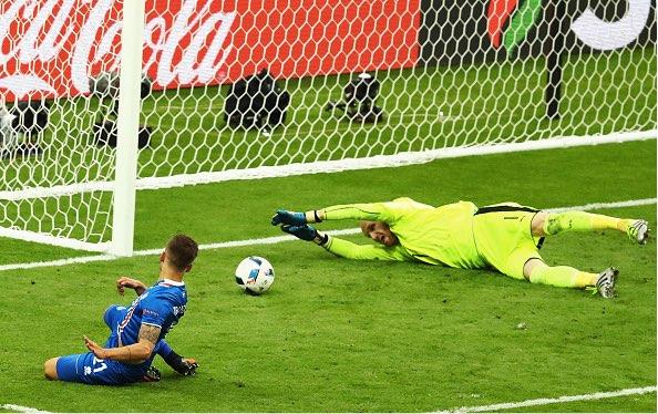 【EURO2016】決勝トーナメント開始!クロアチアvsポルトガルは一進一退(6/25)