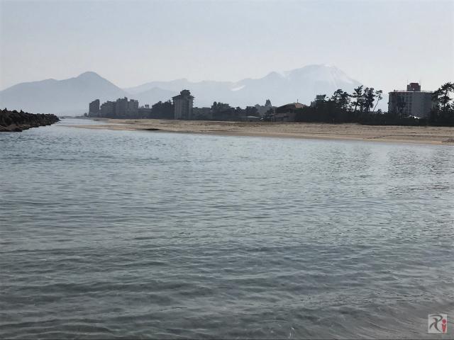 皆生海水浴場と大山