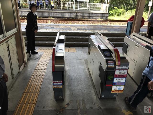 二島駅の自動改札