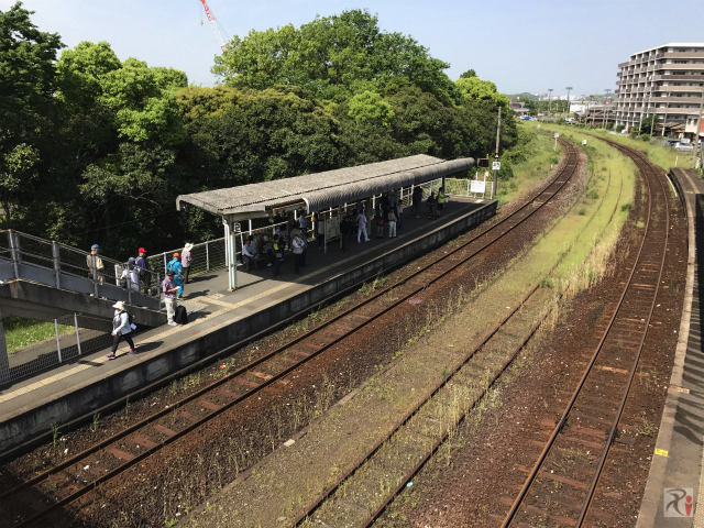 二島駅上りホーム