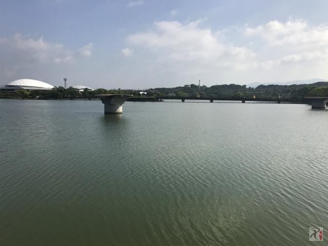 駕与丁公園の壊れた橋