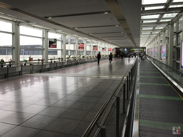 中部国際空港駅への連絡路