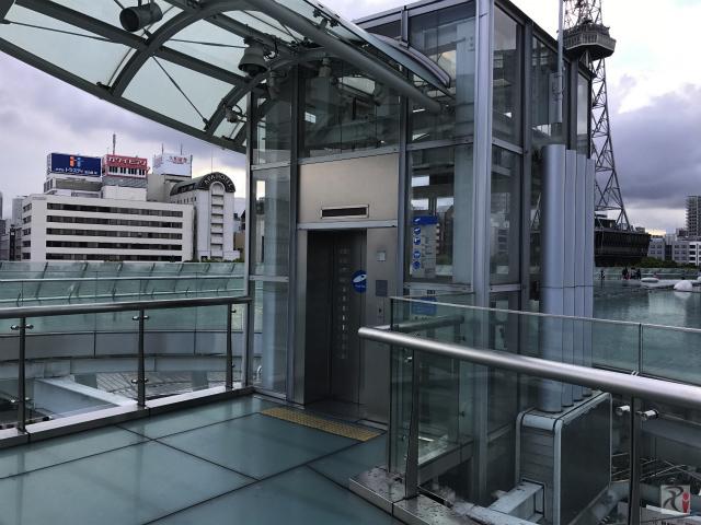 オアシス21のエレベーター