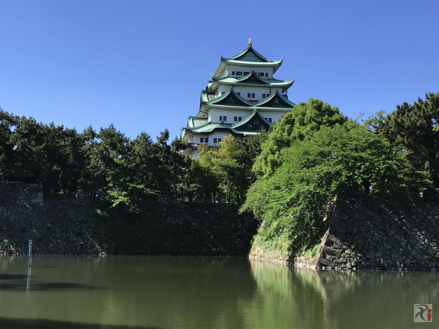 【名古屋旅】名古屋駅前のビル群を見上げ、オアシス21から栄の街を見下ろす