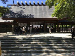 【名古屋旅】熱田神宮:正参道の自然に癒やされ、神聖な大楠や本宮に魂を揺さぶられる