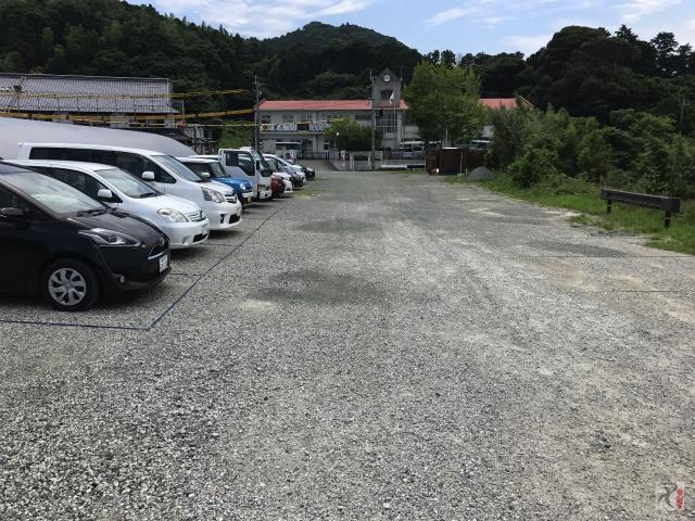昭和学園前駐車場