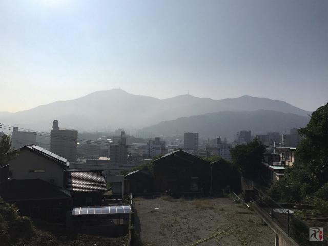 道伯山から見た皿倉山