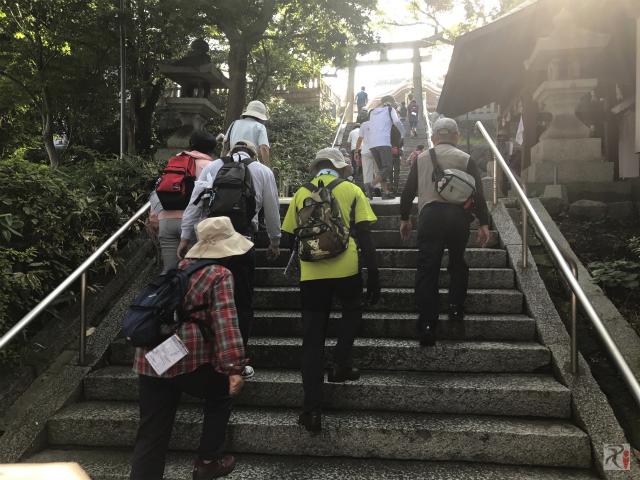 春日神社の階段