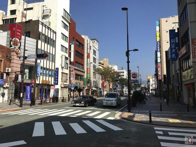 黒崎駅前通り