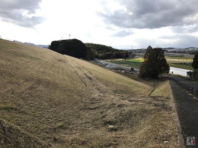 頓田貯水池の外側