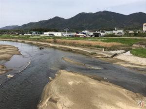 彦山川の穏やかな流れを眺めつつ、田川郡福智町をぶらり散策