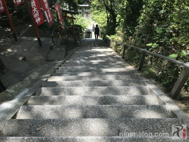月瀬八幡宮の階段